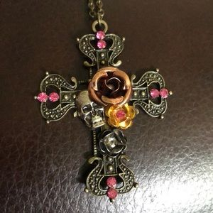Jewelry - 🆕 Gothic Style Cross Necklace